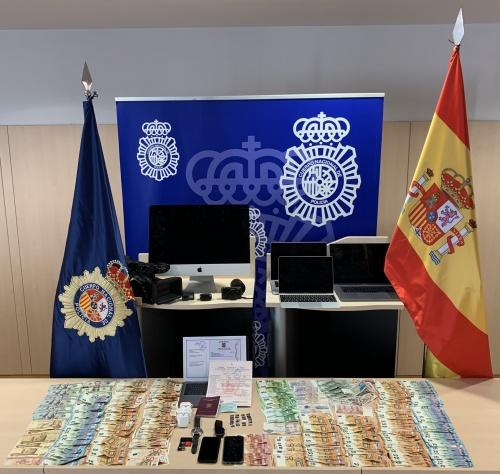 Police in Spain smash sham marriage ring charging migrants €20,000 for bogus nuptials